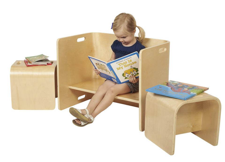kids wooden table and chairs the wooden toy chest. Black Bedroom Furniture Sets. Home Design Ideas